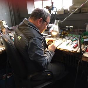 Reparatur- und Schleifservice
